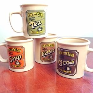 Rare! VINTAGE *Set of 4!* Grandma's mugs